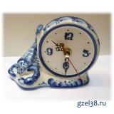 Часы настольные Скорпион